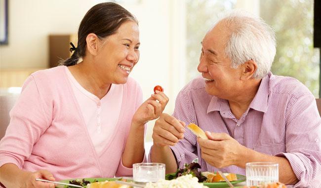 Chế độ dinh dưỡng khoa học dành cho người già