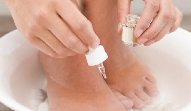 Phương pháp đặc trị nấm móng tay, móng chân hiệu quả