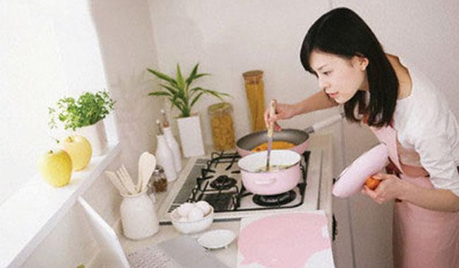 Mẹo hay đơn giản giúp bạn chữa cháy món ăn hiệu quả
