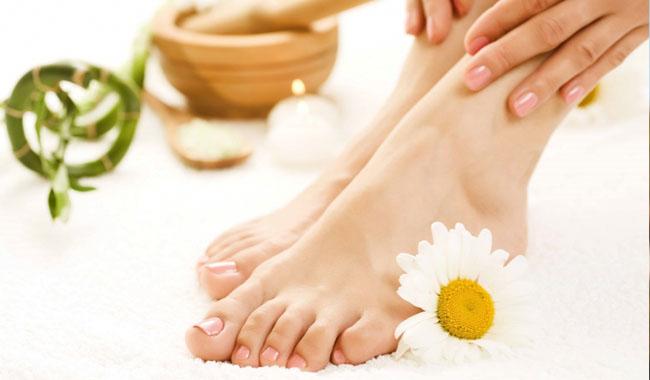 Cách phòng và chữa cước chân tay hiệu quả nhất