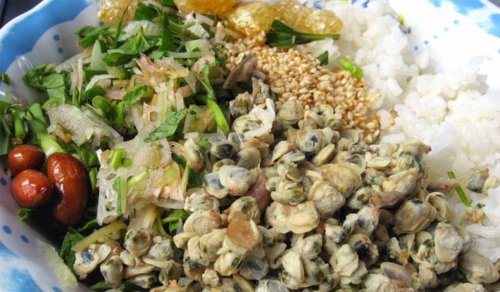 Cơm hến xứ Huế: Món ngon từ nhà nghèo vào cung đình